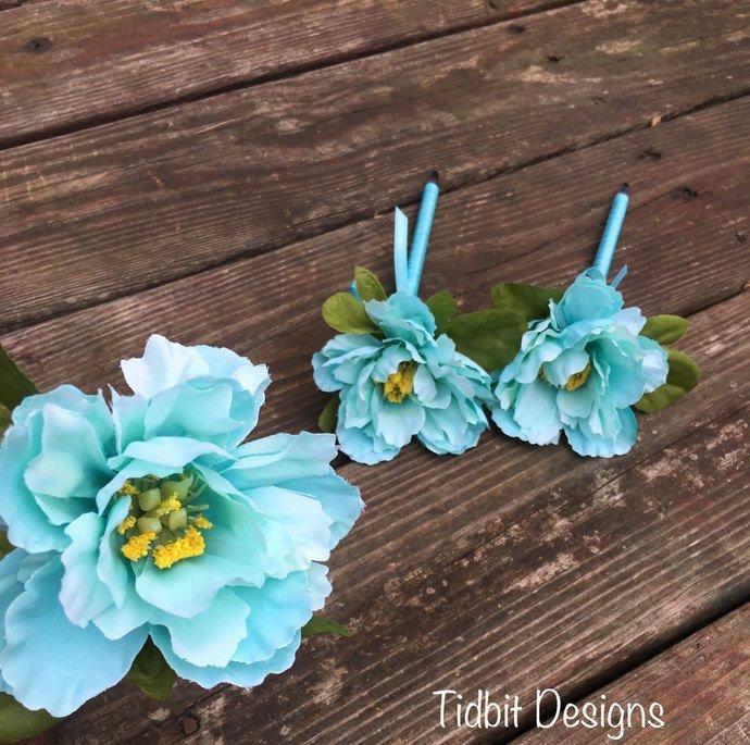 SALE ~ Shabby Chic Robin Egg Blue Guest Book Flower Pen / Chic Flower Pen /