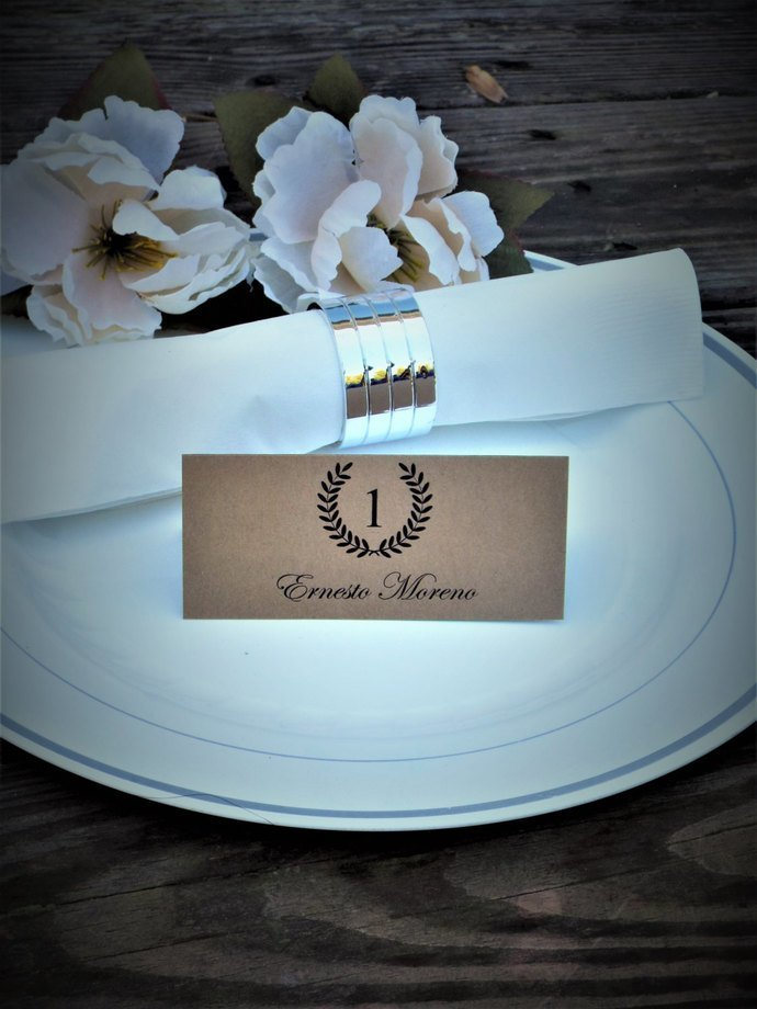 Personalized Laurel Wreath Tent Style Place / Escort Cards
