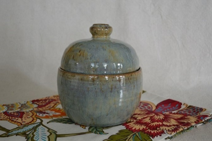 pottery baking dish in blue, covered casserole, kitchen bakeware, handmade,