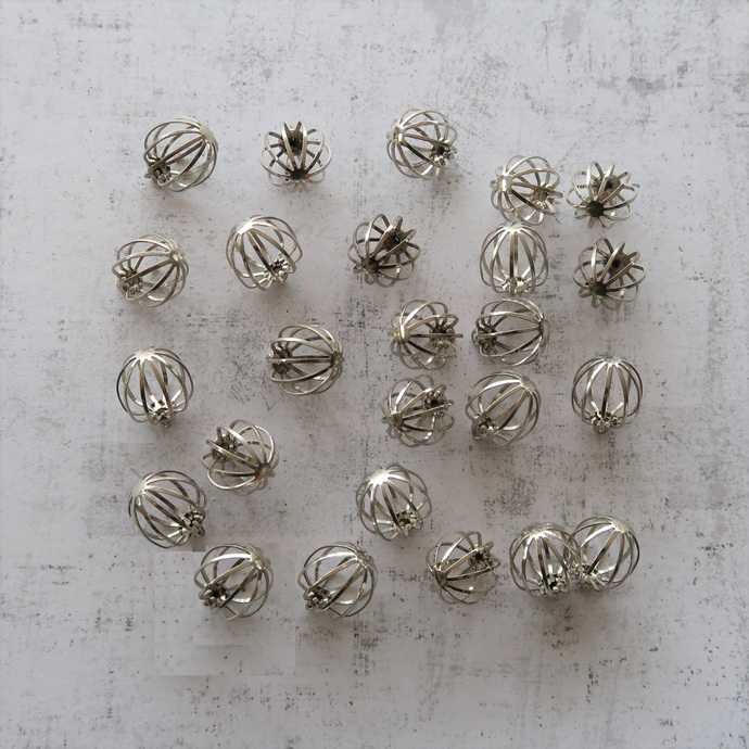 50 Wire cages for gemstones