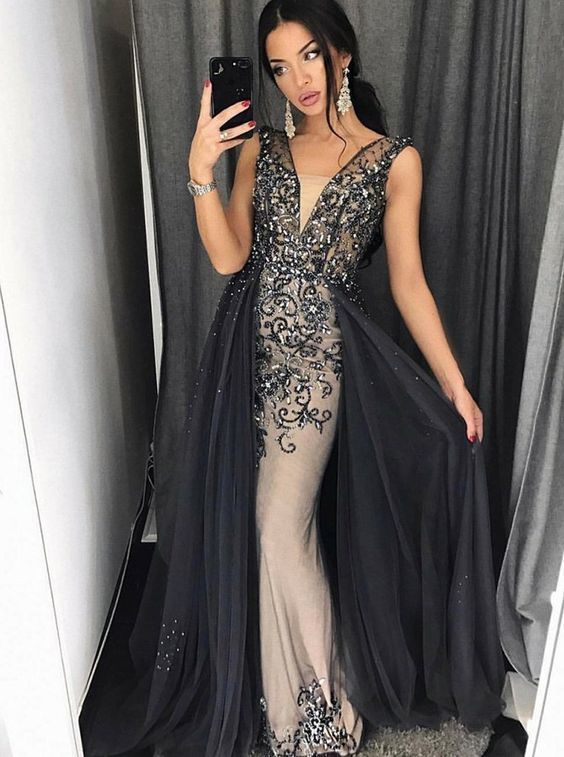 A-Line V-Neck Detachable Grey Tulle Prom Dress with Appliques Beading