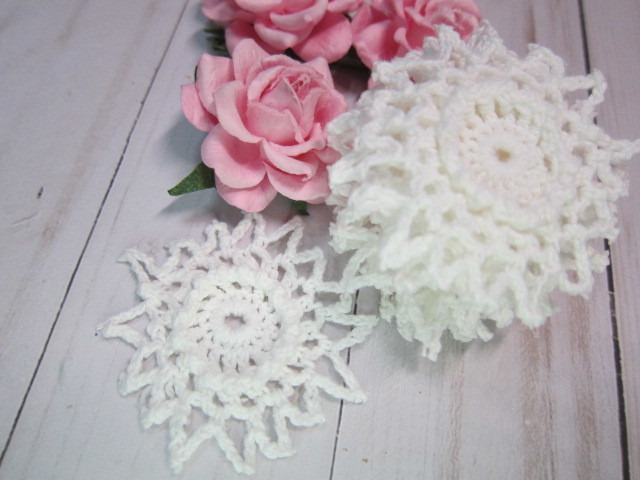 Crochet Doilies Raised Center 2.75-inch Doilies - stl 10pcs White