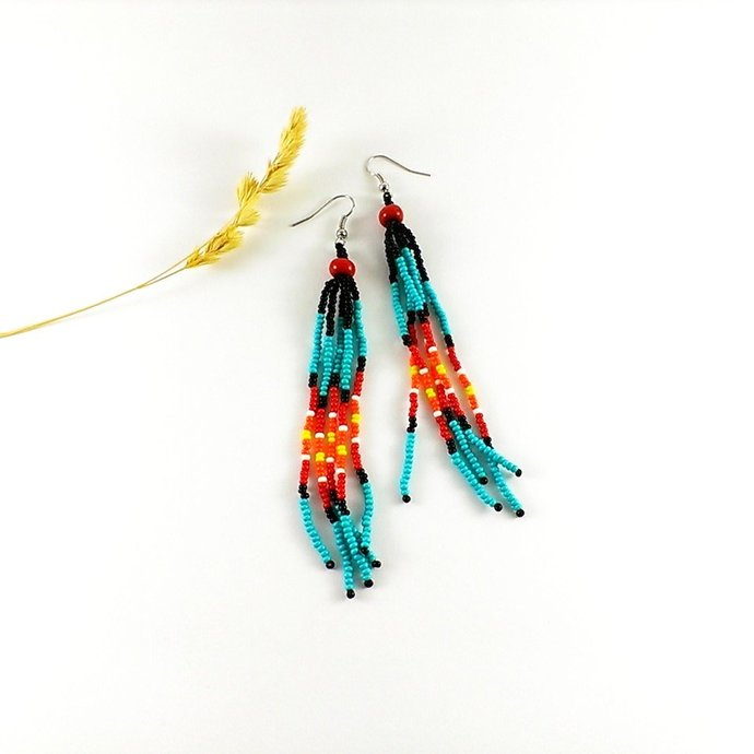 Native beaded earrings, Seed bead earring, Native america indian jewelry style,