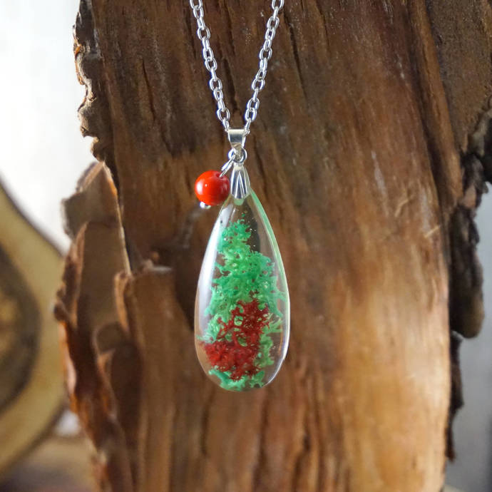 Real flower necklace for women, Nature necklace, Pressed flower resin necklace