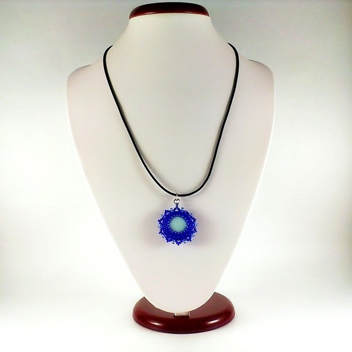 Beaded pendant Necklace beadwoven Violet pendant Beaded gift for her Blue echo