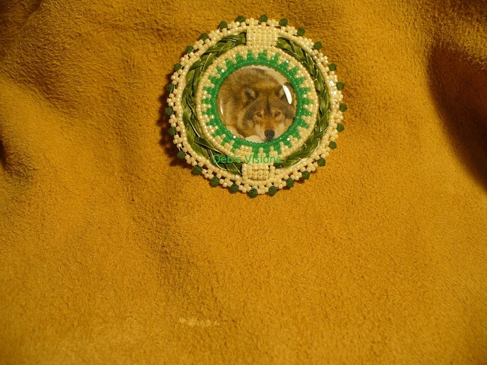 Native American Style Rosette Beaded Wolf Brooch with Sweetgrass in Off White
