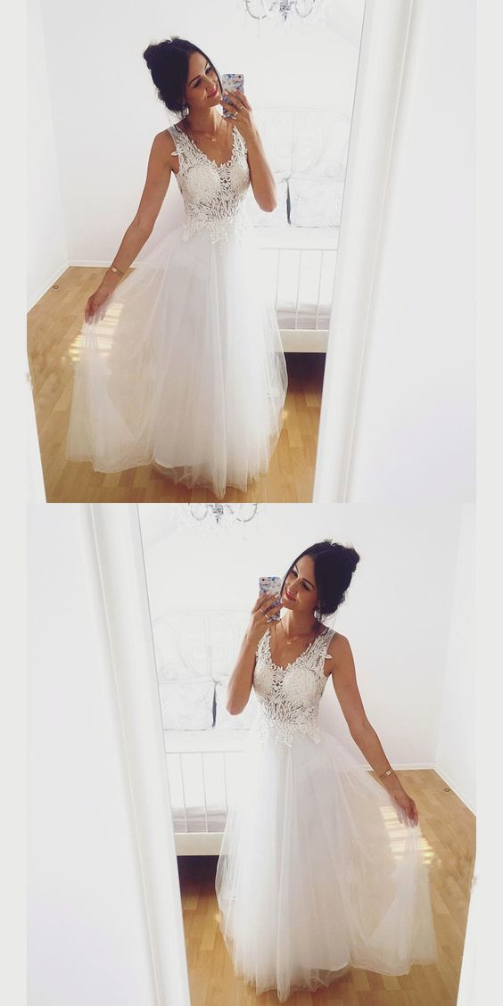 A-Line Sleeveless White Tulle Prom Dress With Lace Appliques BD1408