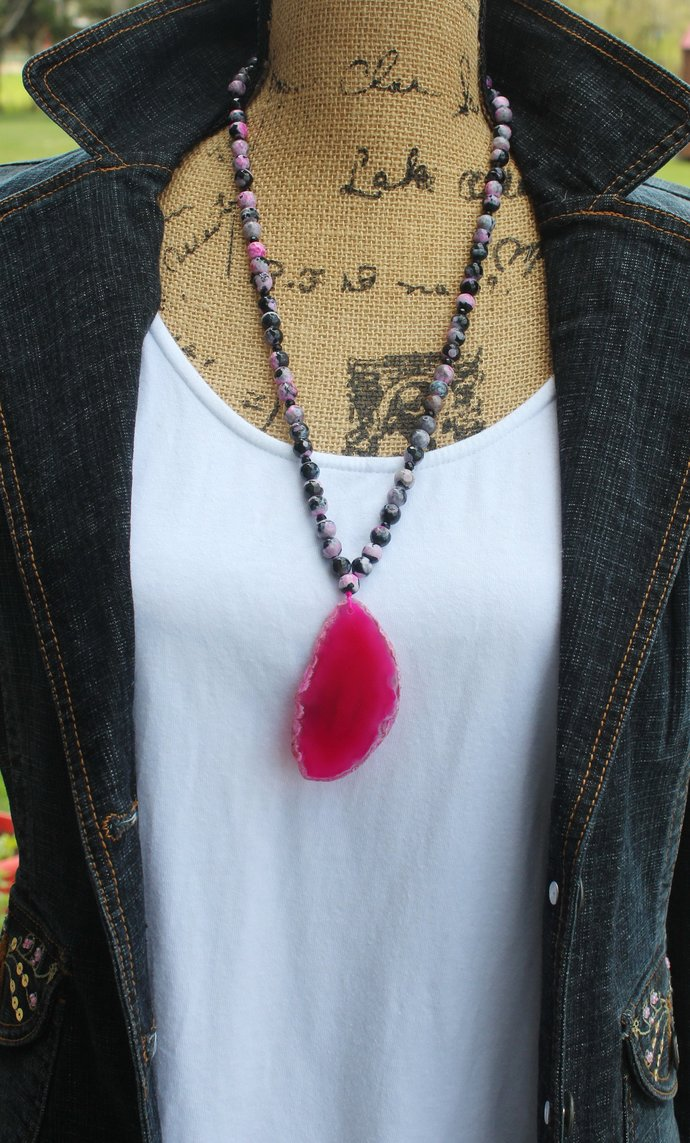 Gorgeous Long Beaded Rhodonite Necklace with Agate Pendant semi precious stone