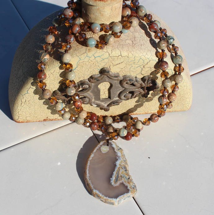 Hand knot Long Beaded Gemstone Necklace with agate Pendant Bohemian Crystal boho