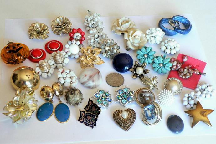 Vintage Earrings Pins Pendant Mixed Lot