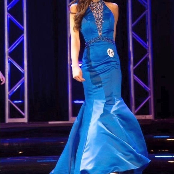 Royal Blue Mermaid Prom Dresses High Neck Sleeveless Beading Crystals Evening