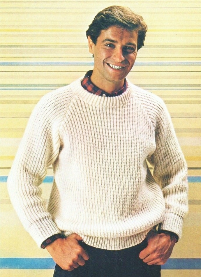 Instant Download PDF Vintage Knitting Pattern to make a Man's Classic, Crew