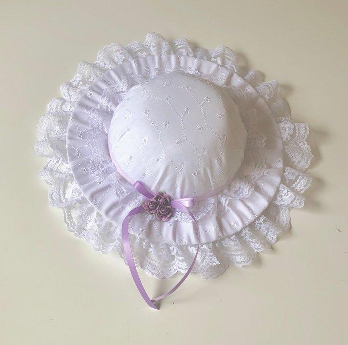 Decorative Wall Hat   Pin Cushion   Tidy Bin Lid - Lilac on Classic White