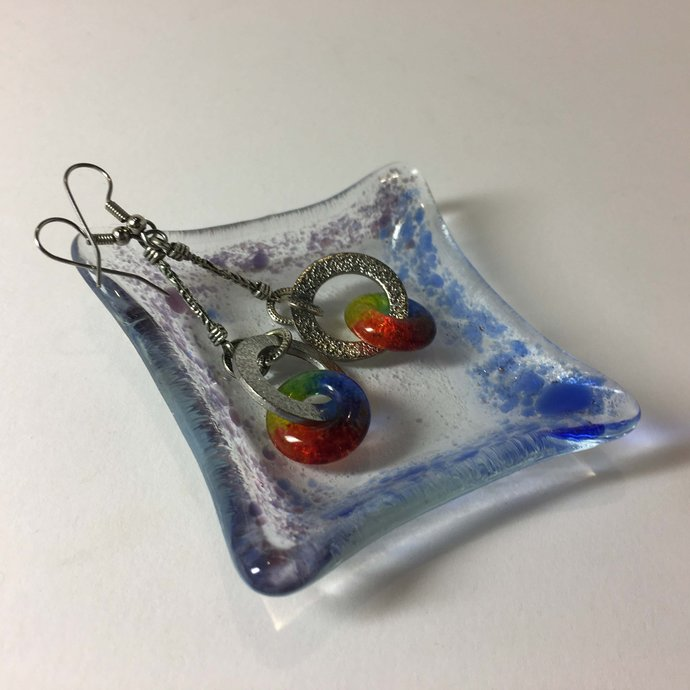 These Handmade Fused Glass Trinket Dishes are Unique and Super Cute  -  Makes