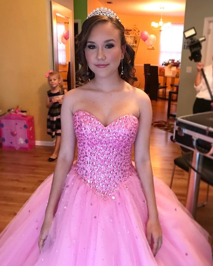 Sweetheart Quinceaner Dresses,Ball Gowns Prom ,Graduation Dresses ,Crystal