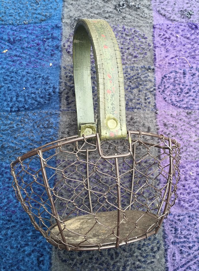 Old Wire Basket with Leather Handle