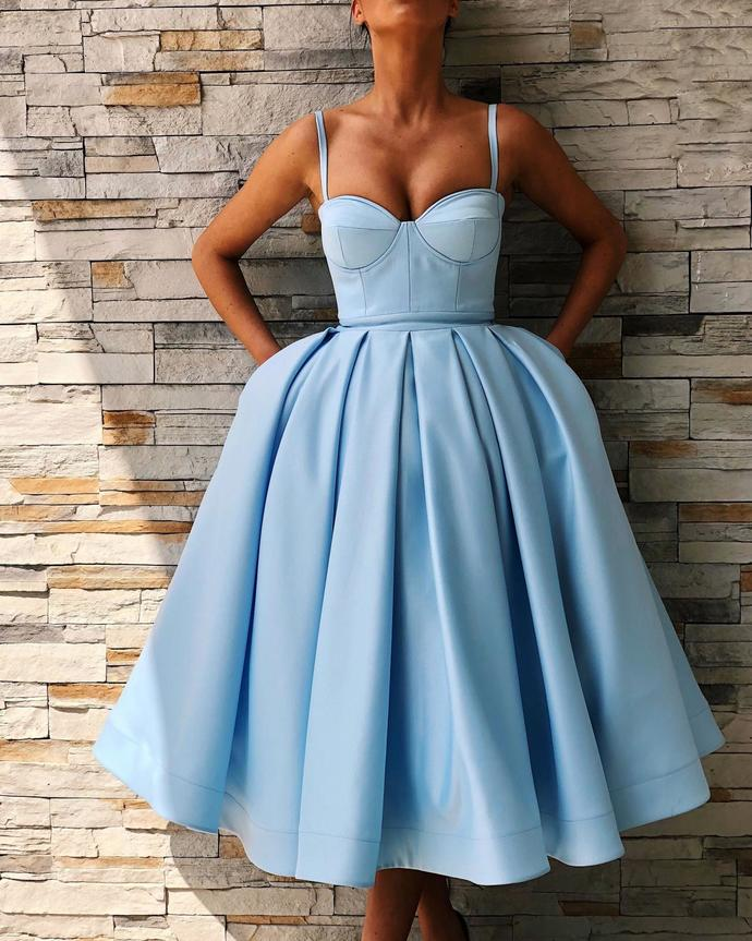 Cute Sweetheart Satin Short Prom Dress Tea Length Ball Gown Party Dresses with