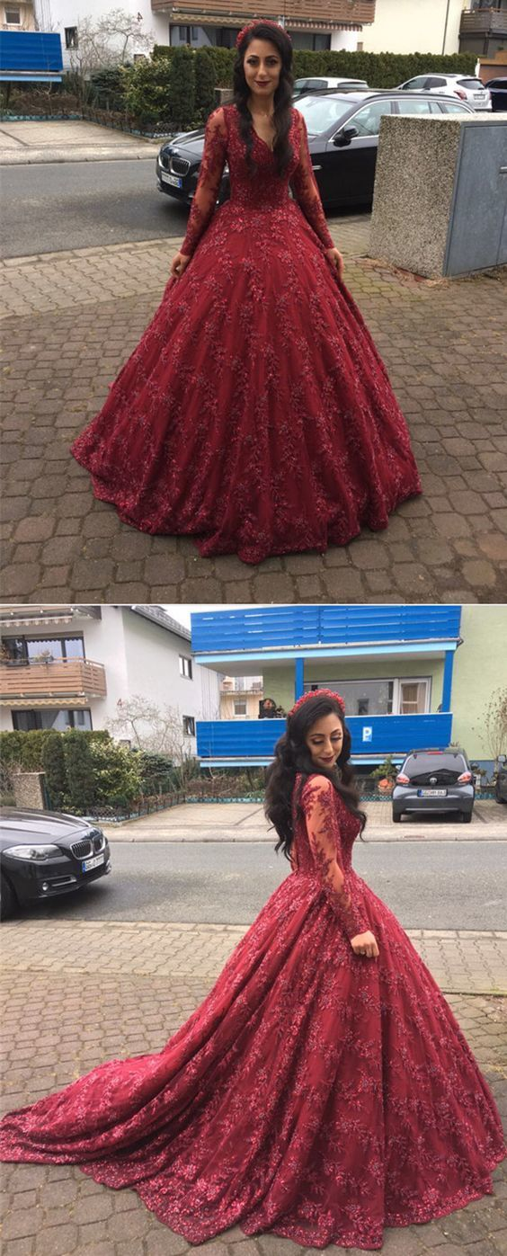 Long Sleeves V-neck Ball Gowns Lace Burgundy Prom Dresses