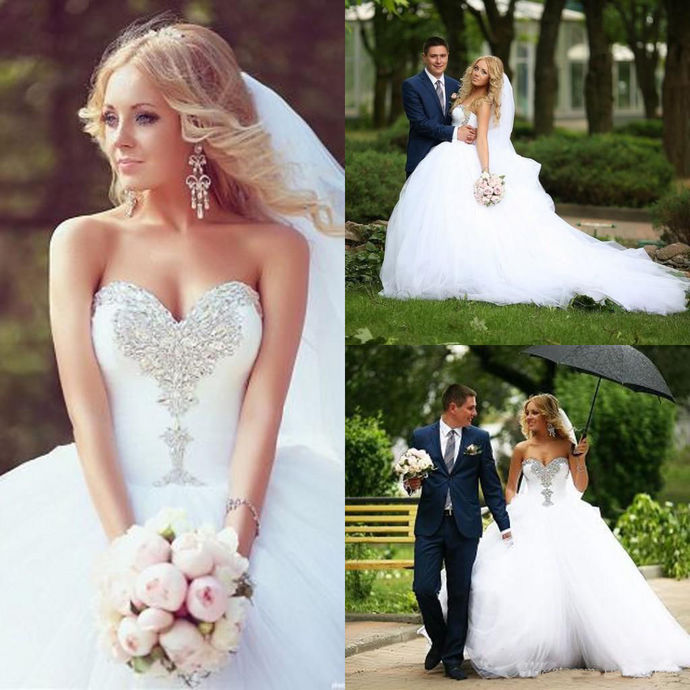 Crystal Beaded Wedding Dresses Ball Gowns,Bridal Dress,Strapless Lace-up Wedding