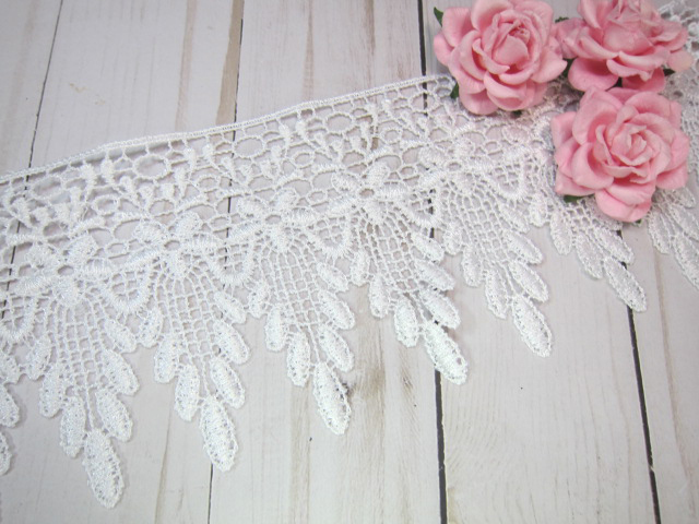 "1yd Embroidered Dangle Flower Venice Lace - 4"" White"