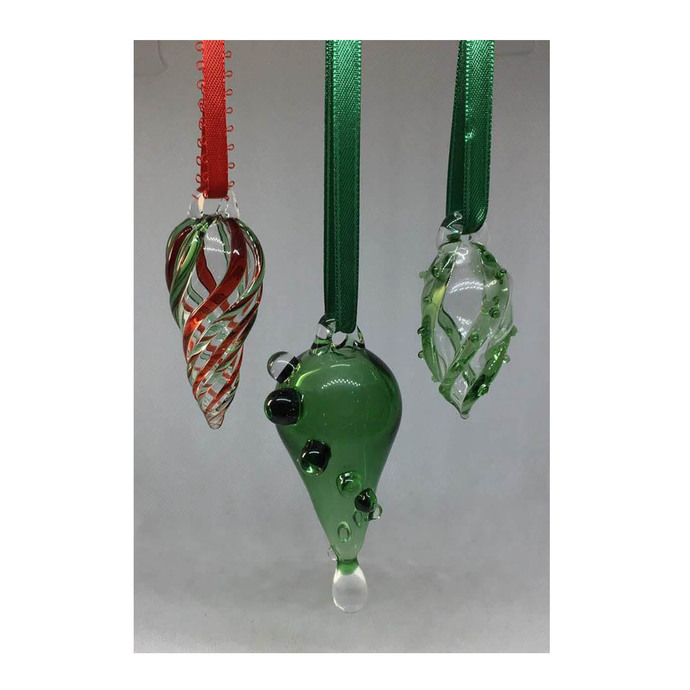 Hand Blown Glass Teardrop Christmas Ornament in Emerald Green with Clear Spiral