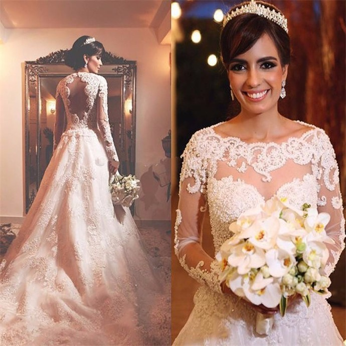 Fashion Full Lace Wedding Dresses Scoop Neck Long Sleeves Button Back Sweep