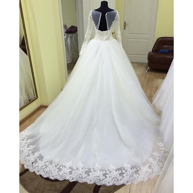 Sheer Long Sleeves Ball Gowns Wedding Dresses Lace Appliques Vintage Style,Ball