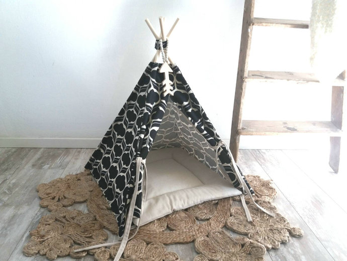Pet teepee including linen mix or fake fur pillow, dog bed, cat house, tipi,