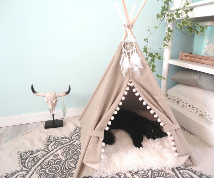 Brown pet teepee including fake fur or linen mix pillow, dog bed,cat teepee