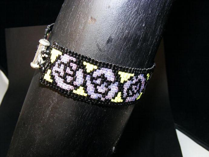 Sterling Silver Nouveau Rose Bracelet in Lavender