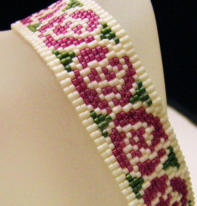 Nouveau Rose Bracelet Two Drop Peyote in Wine