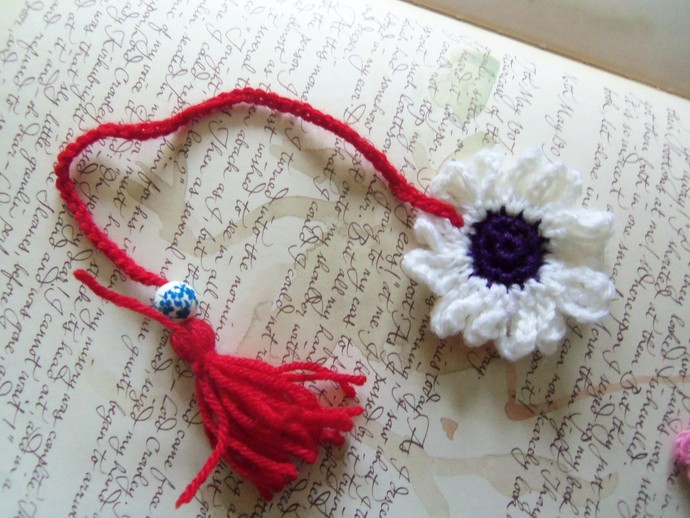 Crochet Flower Bookmark White Crochet By Accessoriesbymimi On Zibbet