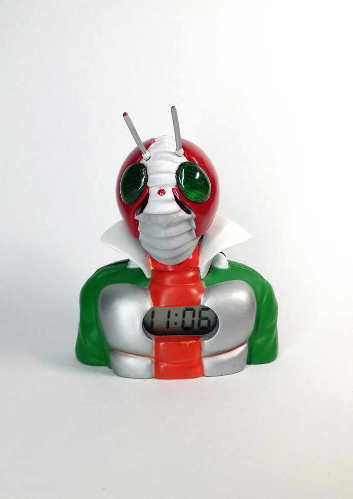 Masked Rider V3 Mini Clock - TOEI Japanese Anime Kamen Rider - Tested Works