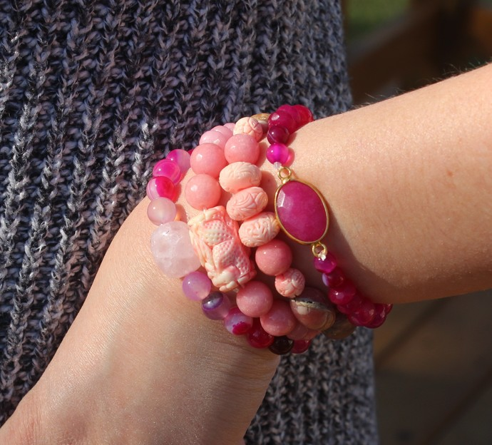 Pink Lover 4 stacking Bracelets in Rose quartz pink onyx Jade Carved Shell