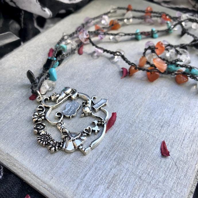 Alice in Wonderland crochet necklaces, beaded necklace