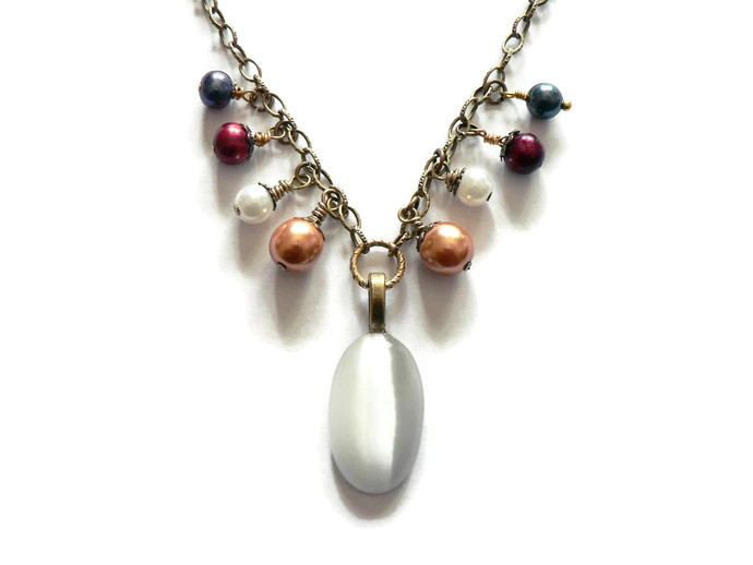 Classic Pearl and Glass Cabochon Necklace