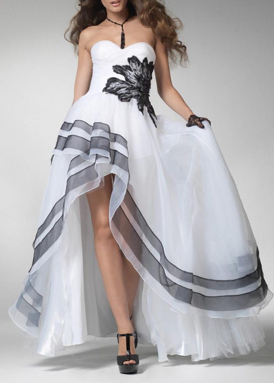 Spectacular Organza & Tulle & Stretch Satin A-line Strapless Sweetheart Neckline