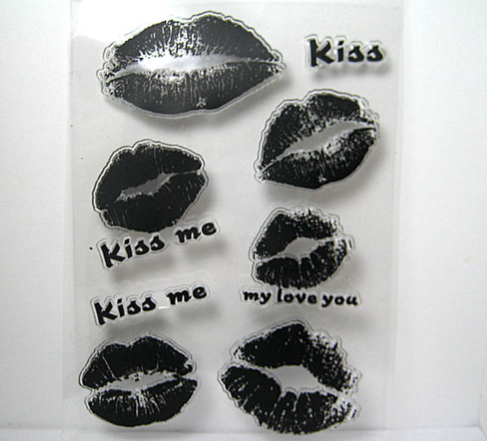 Lips Kiss Me Clear Stamp Set
