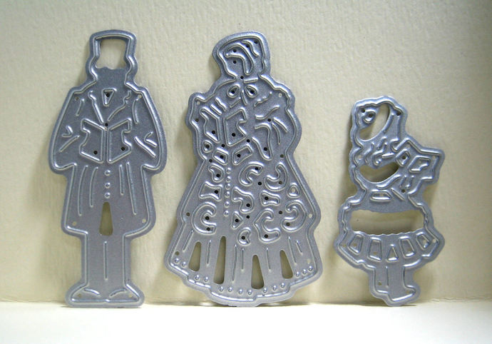 Christmas Carolers Metal Cutting Die 3 pice set