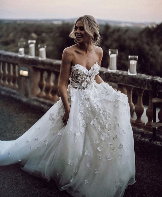 Chic Ivory Wedding Dress Lace Cheap Beautiful Wedding Dress,Party Dress,Cheap