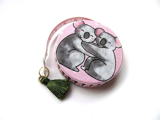 Measuring Tape Koalas on Pink Retractable Pocket Tape Measure