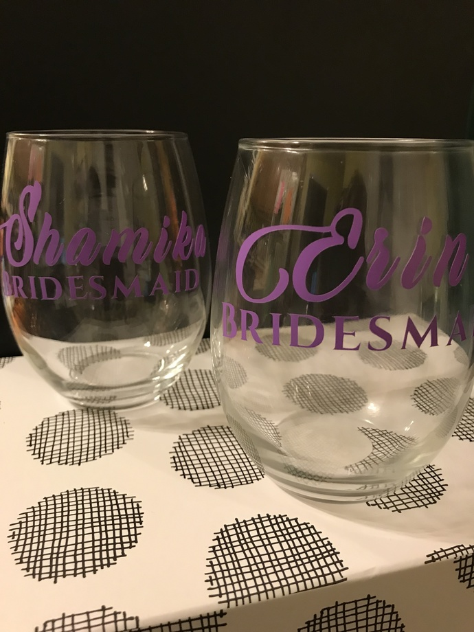 Personalized Wedding Party Wine Glass / Many Colors / Many Sizes