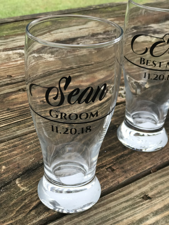 Personalized Pilsner Pub Glass / Wedding Gift / Wedding Party / Favor / Gift