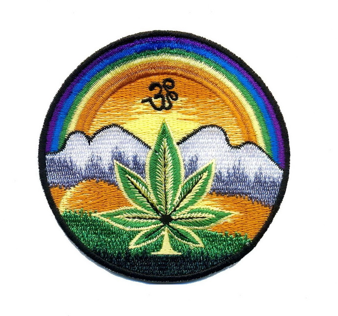 Marijuana pot weed leaf Patch Embroidered Iron on Patches Clothes Appliques Sew