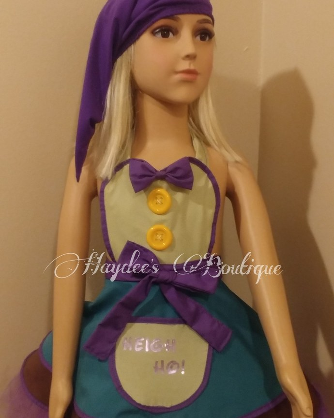 ae8e0ed8bd1 Dopey Inspired Apron Set by Haydee s Boutique on Zibbet