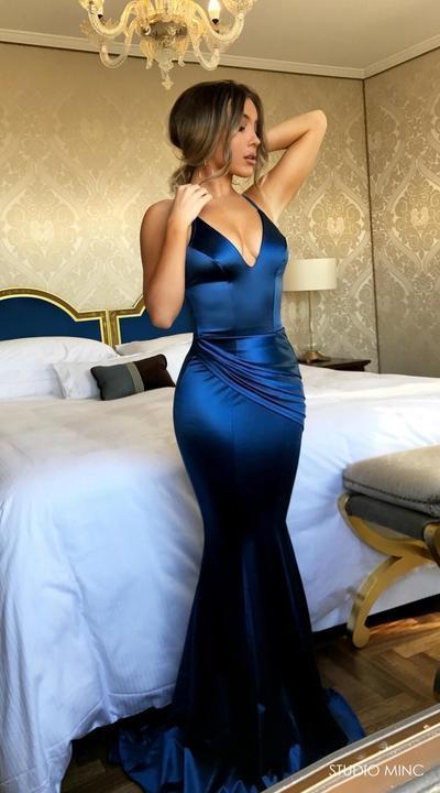 2018 New Mermaid Prom Dresses,Shirt Dress ,V-Neck Prom Dress,Party Dresses,Women