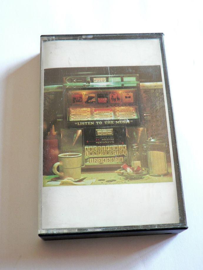 The Doobie Brothers Best of the Doobies Cassette Tape