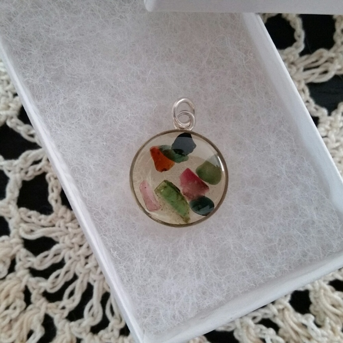 Sterling silver resin pendant with tourmaline gemstones