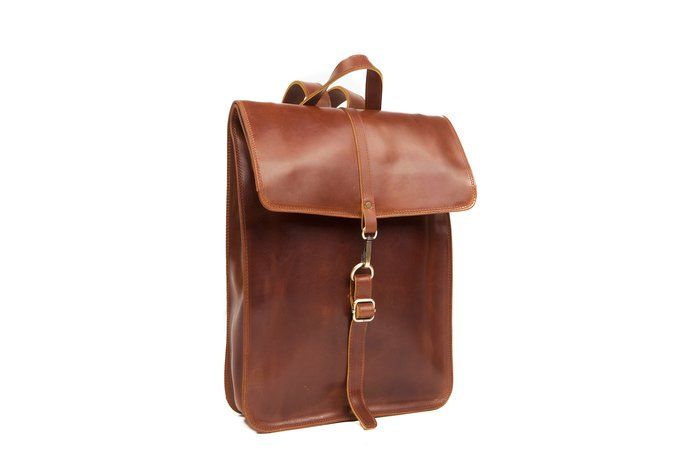 455aa41ab4e1 Handcrafted leather Backpack in Cognac