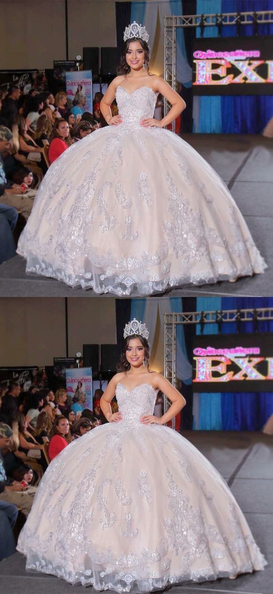 af20aaf9ee74 Ball Gown Sweetheart Floor Length White Quinceanera Dress with Appliques